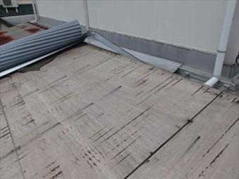 波板トタン(ガルバリウム)の葺き替え