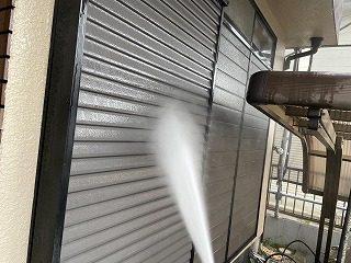 雨戸高圧洗浄