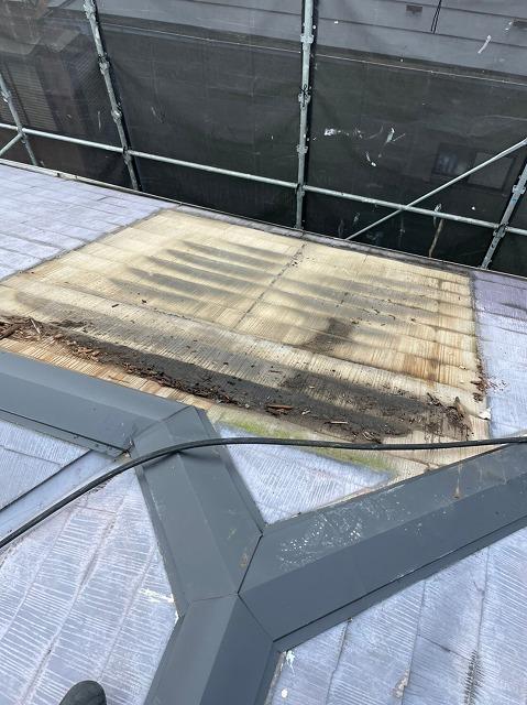 ソーラー温水器撤去後屋根